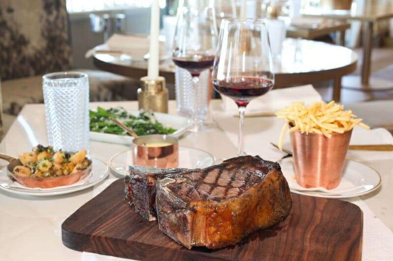 Bahia Mediterraneo Palma de Mallorca First Class Restaurant Dry Aged Beef